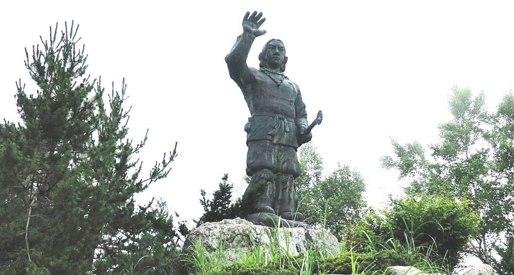 埼玉県三峰神社の大和武尊像